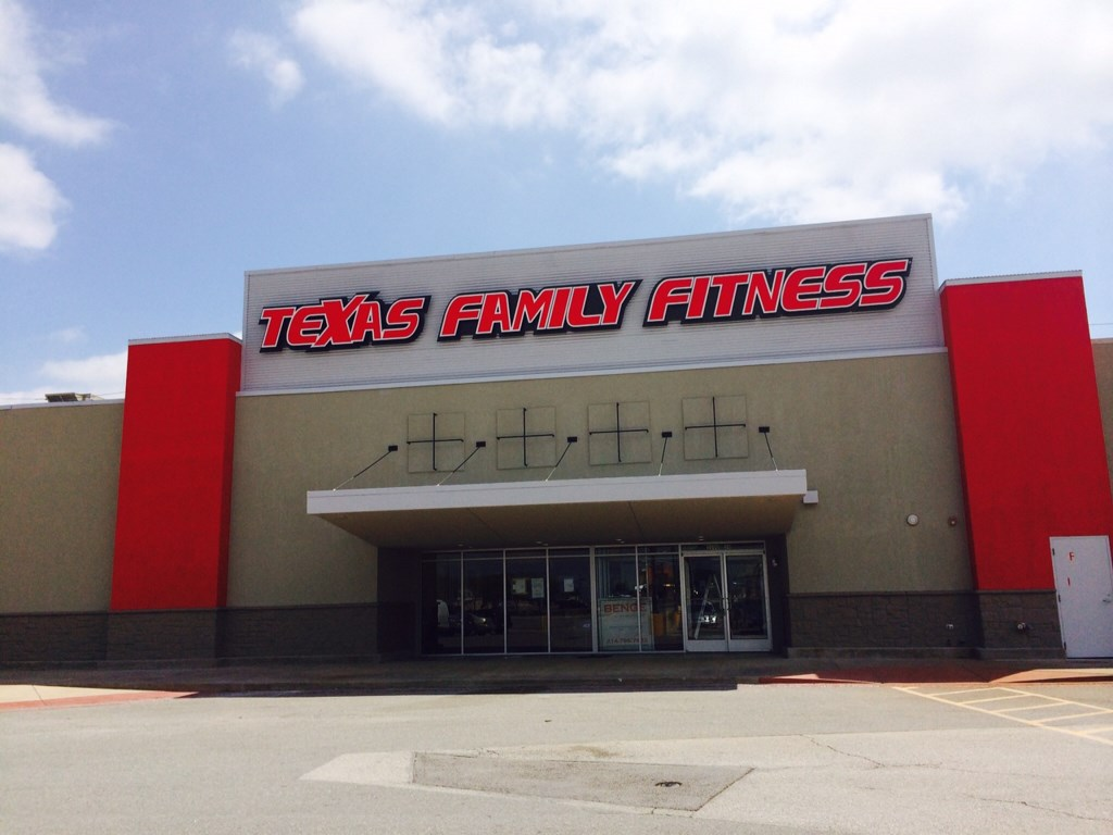Texas Family Fitness Center Final Post Construction Clean-Up Service in The Colony, Texas
