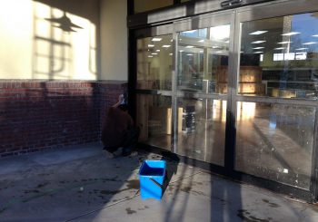 Grocery Store Chain Windows Cleaning in Denver CO 13 9253544da6bf31e7014657a27c4462b0 350x245 100 crop Grocery Store Chain Windows Cleaning in Denver, CO