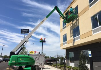 Hotel Marriott Post Construction Windows Cleaning in Van TX 005 4cf778df456f32b6622e01d2604f78d5 350x245 100 crop Hotel Marriott Post Construction Windows Cleaning in Van, TX