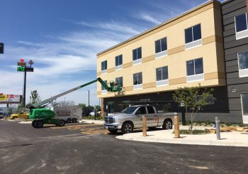 Hotel Marriott Post Construction Windows Cleaning in Van TX 008 d84bde3070730f5bc55a8f0178757815 350x245 100 crop Hotel Marriott Post Construction Windows Cleaning in Van, TX