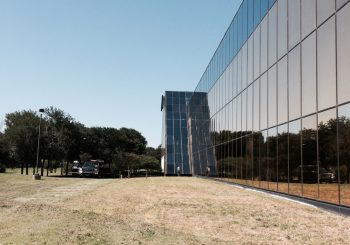 Phase 2 450000 sf. Exterior Windows Cleaning in Dallas TX 03 d1d4f6b8bd7b399124a01ecae2169efc 350x245 100 crop Glass Building 450,000+ sf. Exterior Windows Cleaning Phase 2 in Dallas, TX