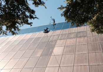 Phase 2 450000 sf. Exterior Windows Cleaning in Dallas TX 25 7e64e789087c353d847a32df94971b5f 350x245 100 crop Glass Building 450,000+ sf. Exterior Windows Cleaning Phase 2 in Dallas, TX