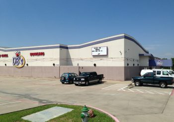 Post construction Cleaning Service at Sports Gril and Bowling Alley in Greenville Texas 08 60e7174d164756aa7bc15428ab19e2b4 350x245 100 crop Restaurant & Bowling Alley Post Construction Cleaning Service in Greenville, TX