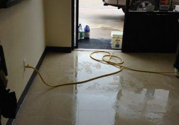 Waxing Floors in a Grooming School at Arlington TX 05 9b74d2346f44949522a0eac3c4438aa8 350x245 100 crop Waxing Floors in a Grooming School at Arlington, TX