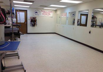 Waxing Floors in a Grooming School at Arlington TX 09 350ba18ea211a3fac98d22a2af661f8b 350x245 100 crop Waxing Floors in a Grooming School at Arlington, TX