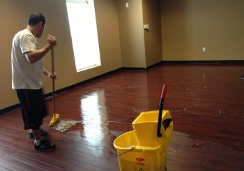Waxing and Polishing Floors in Irving Texas 16 3f7078b58222cfbe9809dc68bec09226 350x245 100 crop Waxing Floors in Irving, TX